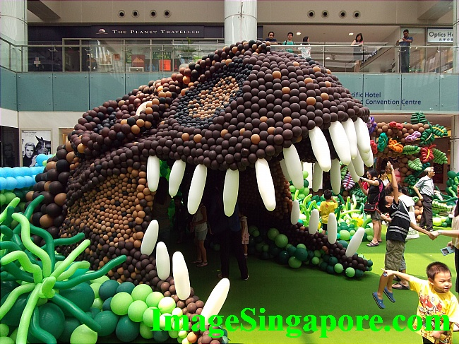 The giant dinosaur mouth exhibit is one of hot favorite for photo shoot.