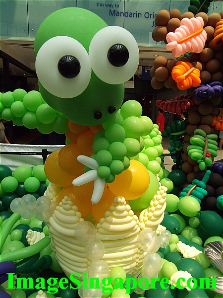 Balloon Dinosaurs exhibit at Marina Square Mall.