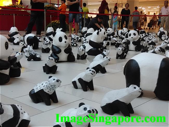 1600 Pandas Exhibition